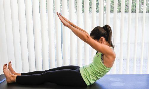 exercicios pilates rollup - costas levantadas e pernas esticadas